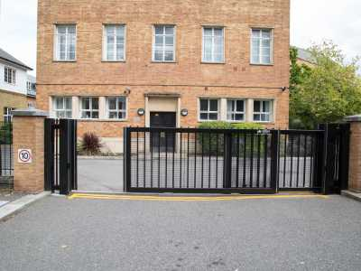 commercial sliding gate with intercom system