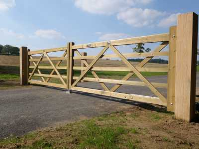 classic 5 bar wooden gate