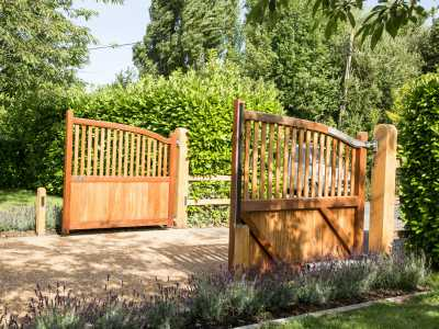 classic automated timber driveway gate